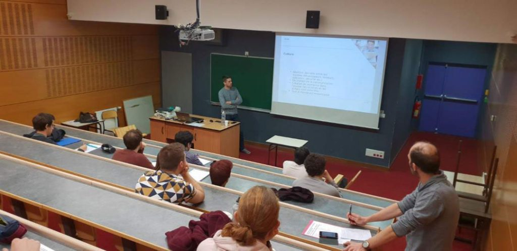 Etudiant Etudiants : Capensis était à la Journée des Métiers de l'Informatique 1